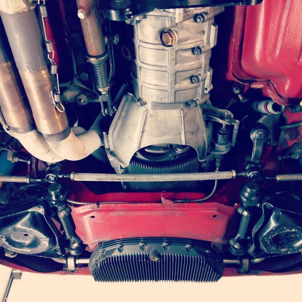 Alfa 1750 GTAM de 1969 Vue dessous chassis et moteur avant contrôlée au Contrôle technique automobile, contrôle technique camping cars et contrôle technique utilitaires jusqu'à 3.5 T à Varades