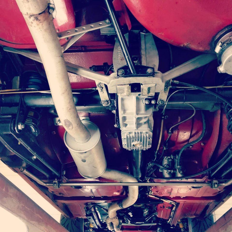 Alfa 1750 GTAM de 1969 Vue dessous chassis arrière contrôlée au Contrôle technique automobile, contrôle technique camping cars et contrôle technique utilitaires jusqu'à 3.5 T à Varades