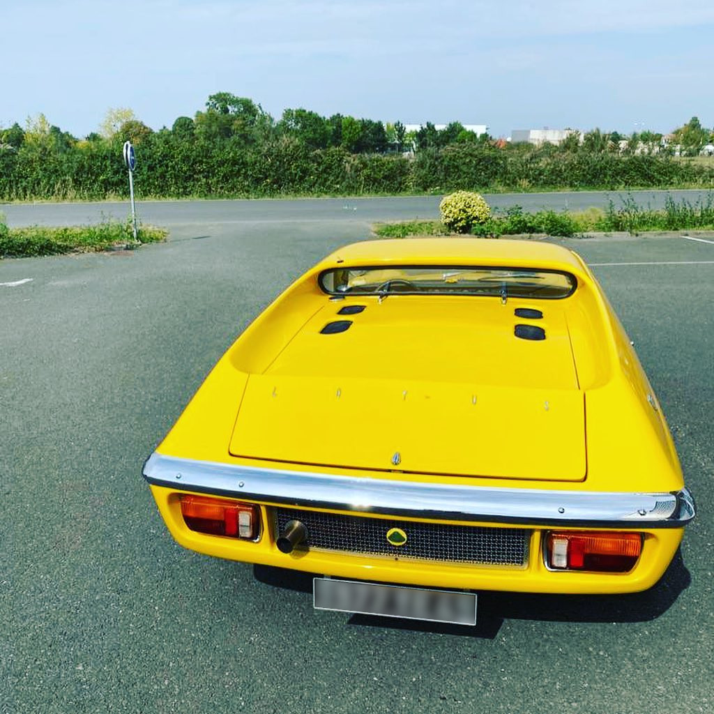 Lotus Europa Vue arrière contrôlée au Contrôle technique automobile, contrôle technique camping cars et contrôle technique utilitaires jusqu'à 3.5 T à La Pommeraye