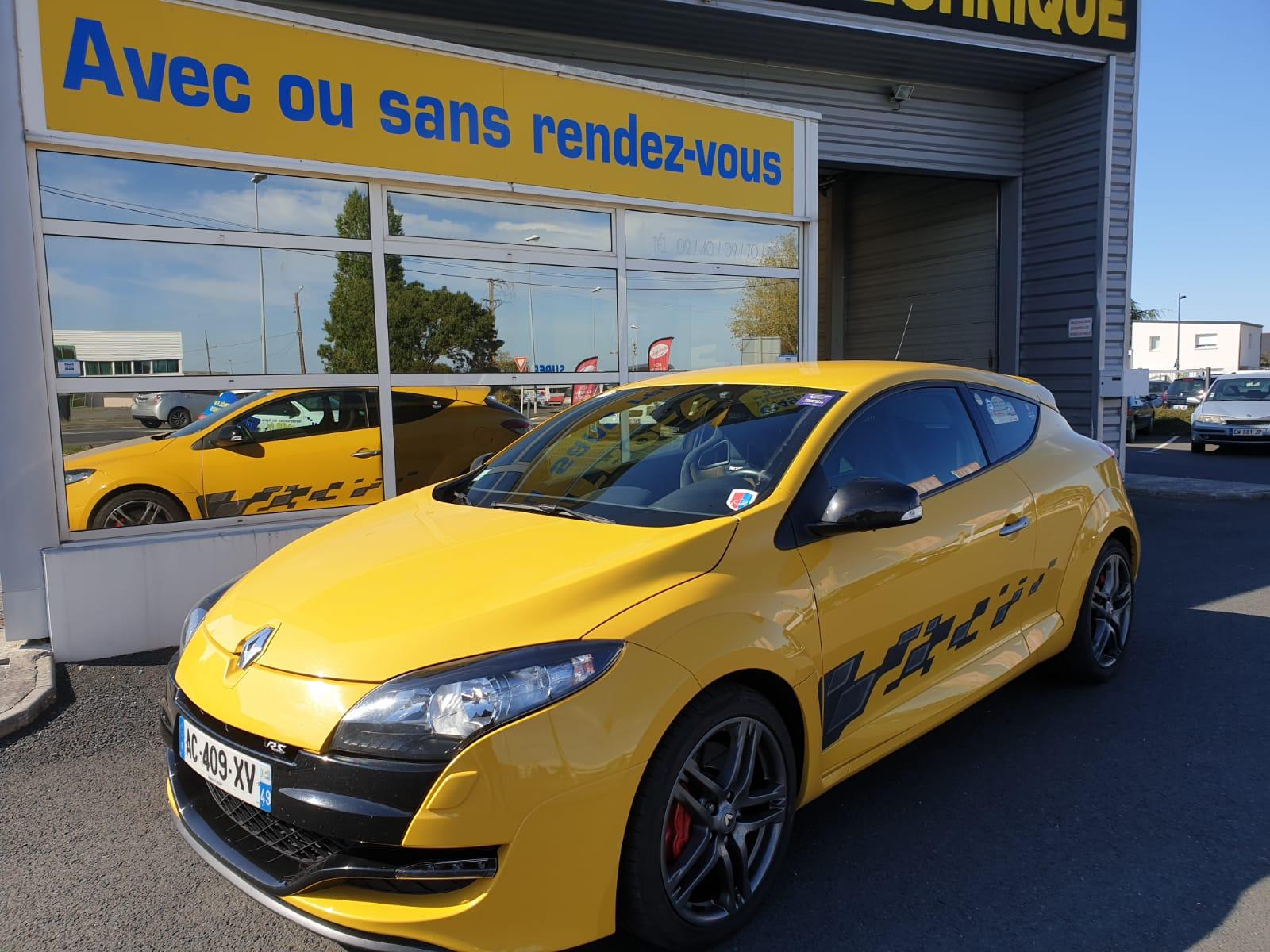 Contrôle technique de voiture de sport à Angers